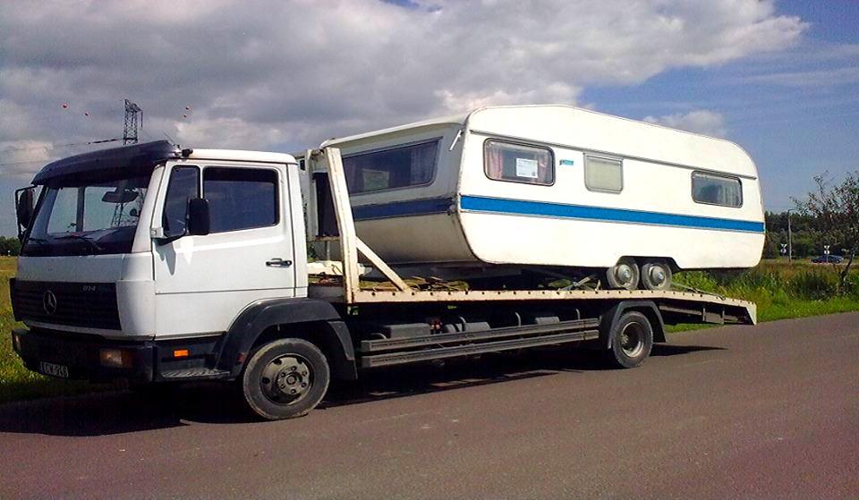 Autószállítás Lakókocsi