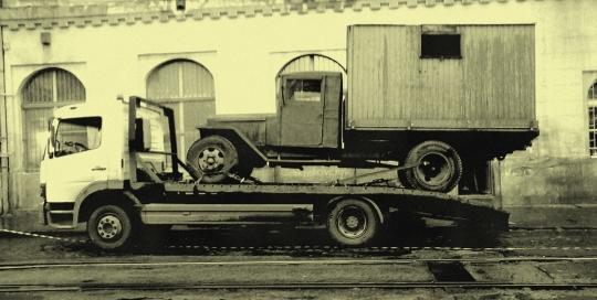 Antik teherautó
