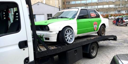 BMW autómentő